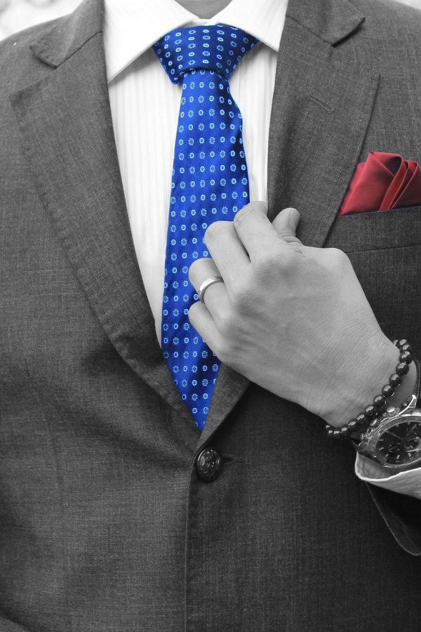 businessman-4782653_1920